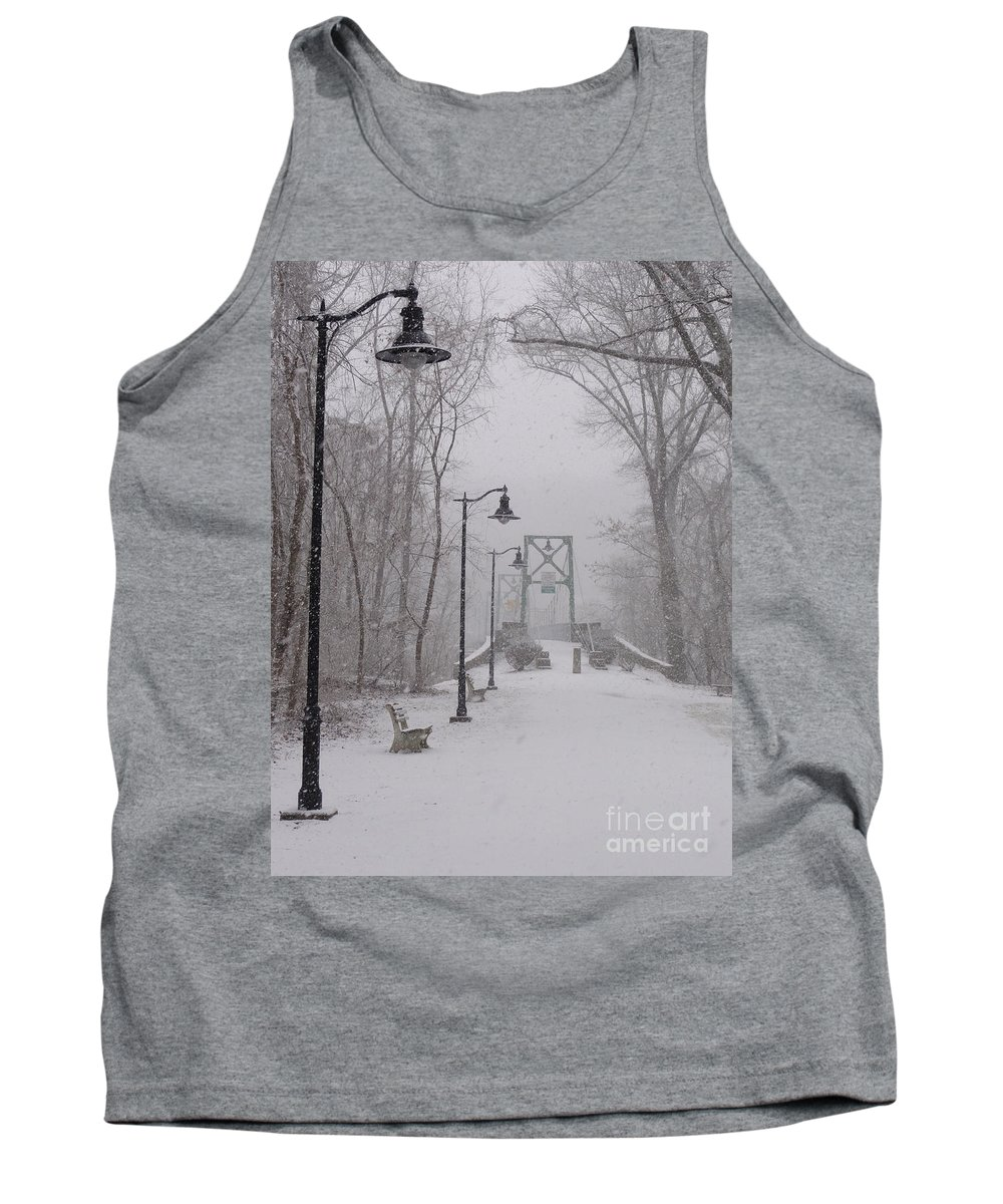 Bridge Tank Top featuring the photograph Snow At Bulls Island - 05 by Christopher Plummer