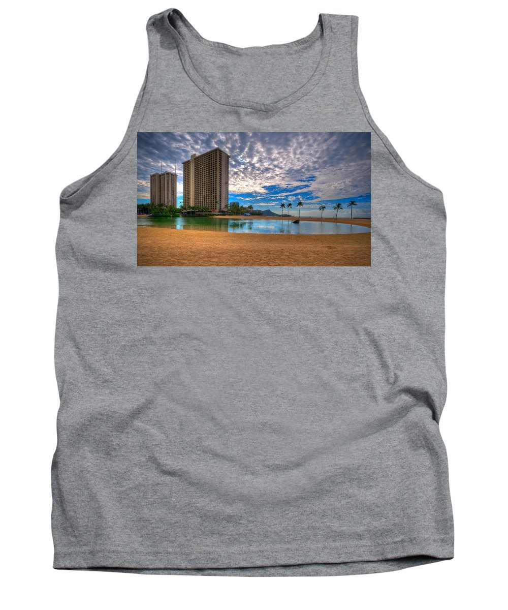 Honolulu Tank Top featuring the photograph Somewhere In Honolulu by Les Lorek
