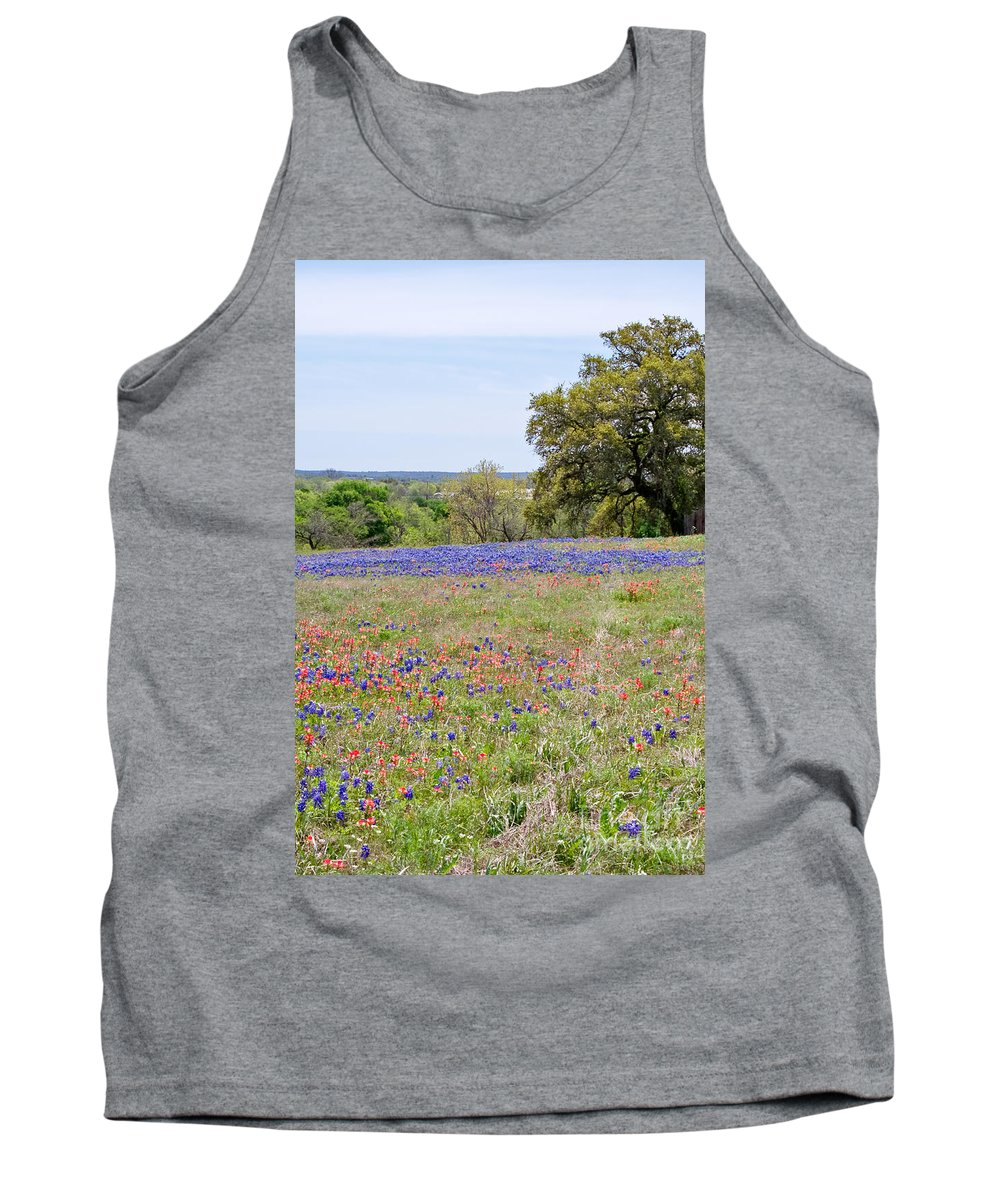 Springtime Tank Top featuring the photograph Springtime In Texas by Gary Richards