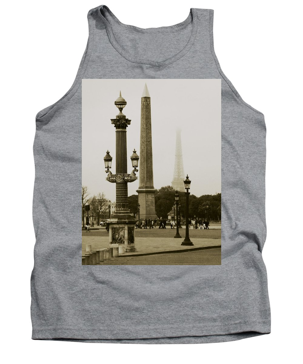 Cityscape Tank Top featuring the photograph Straight Lines In Paris by Rabiri Us