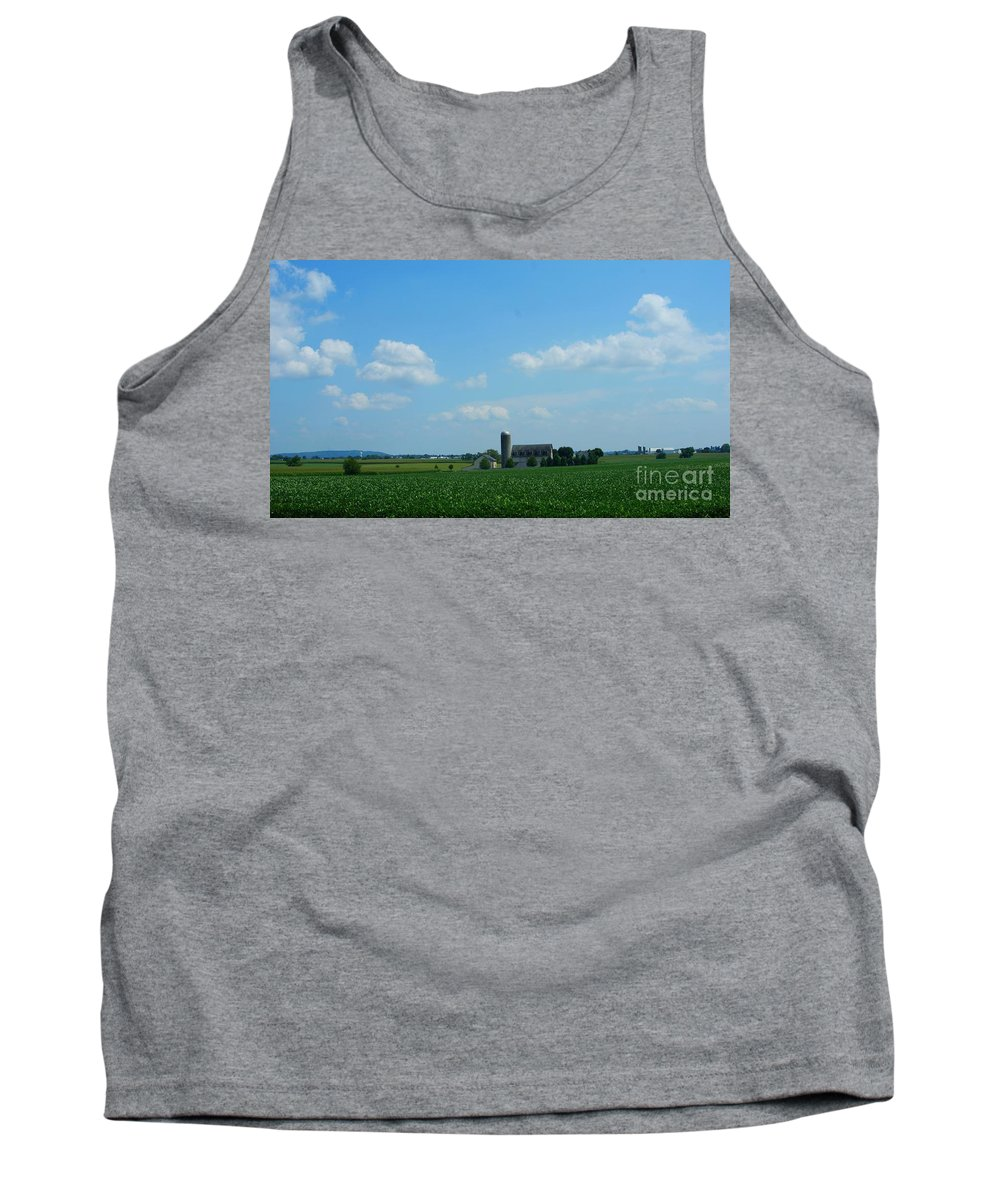 Barn Tank Top featuring the photograph Taylors Farm by Rob Luzier
