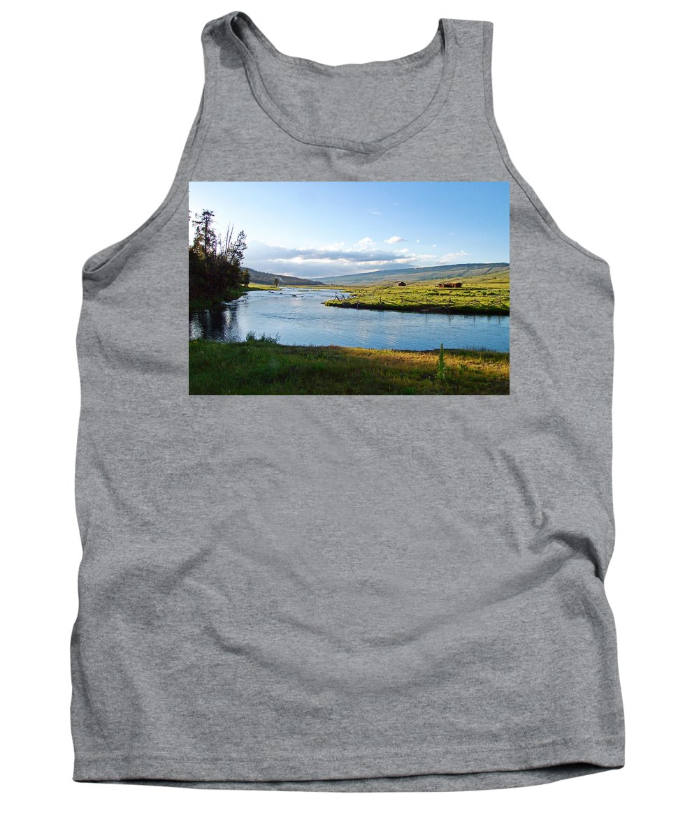 Wind River Range Tank Top featuring the photograph The Green River by Gary Benson