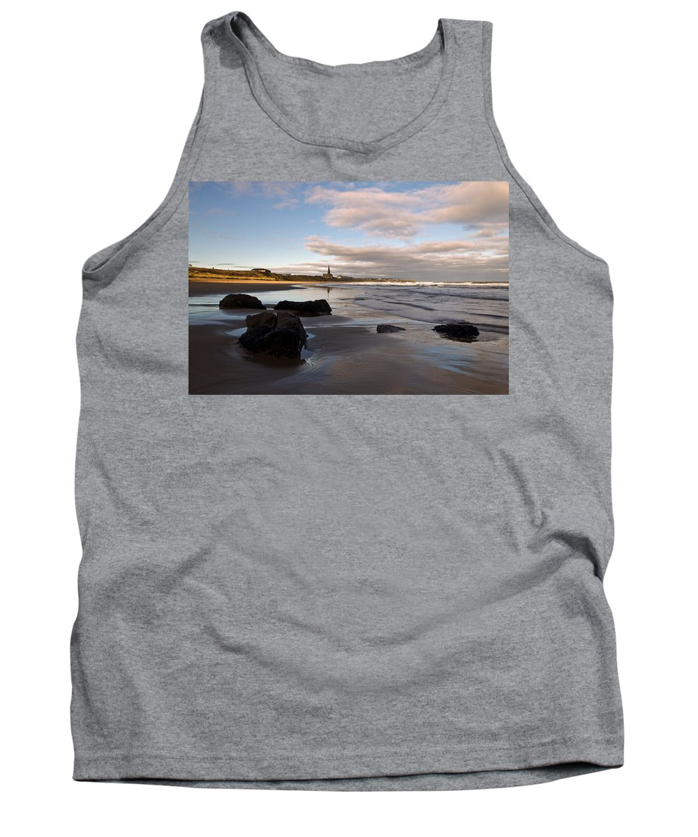 Tynemouth Longsands Tank Top featuring the photograph Tynemouth Longsands by David Pringle