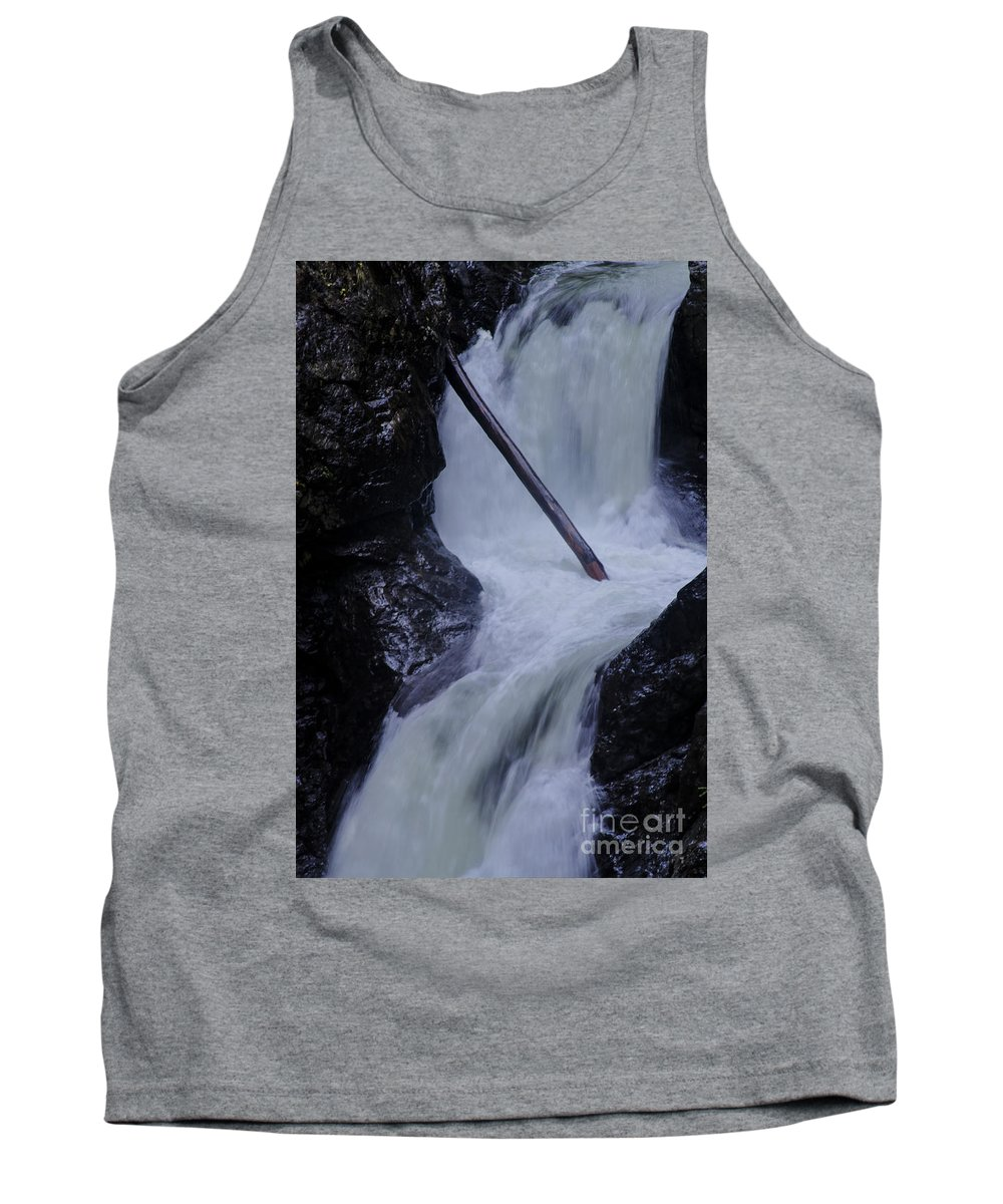 Landscape Tank Top featuring the photograph Upper Twin Falls Close by Darleen Stry