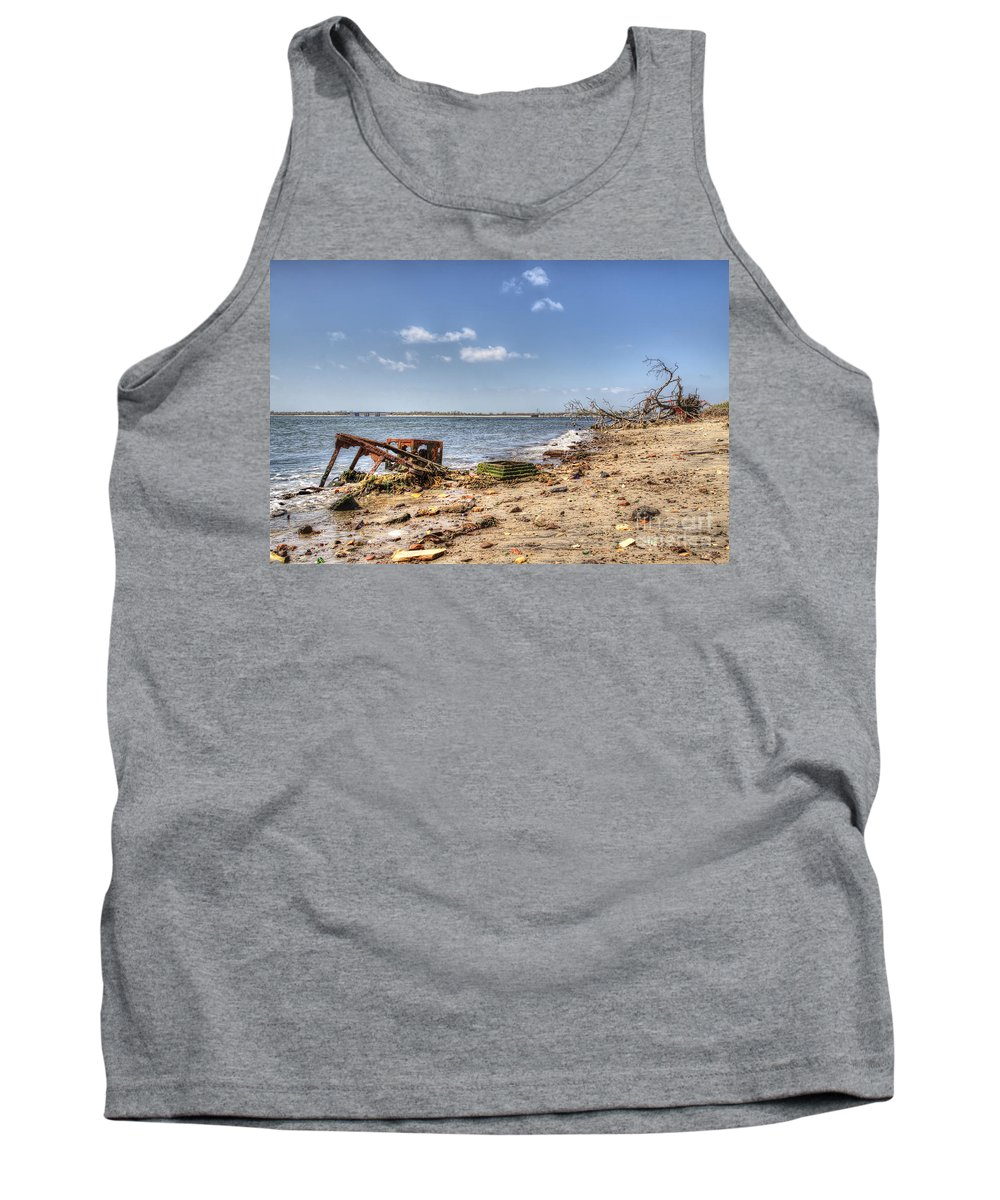 Washed Ashore Tank Top featuring the photograph Washed Ashore by Rick Kuperberg Sr