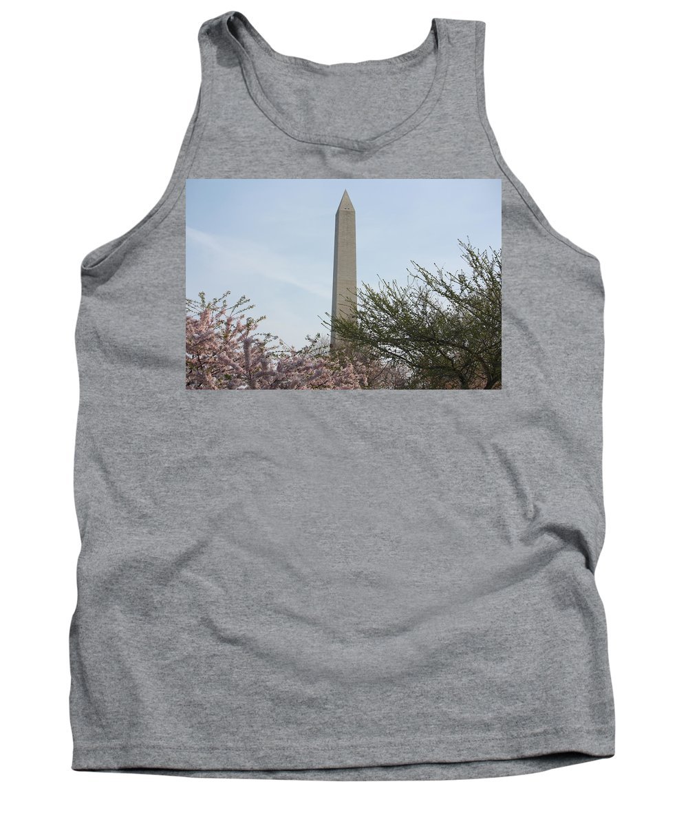 Flowers Tank Top featuring the photograph Washington Monument With Cherry Blossom by Jason Huffman