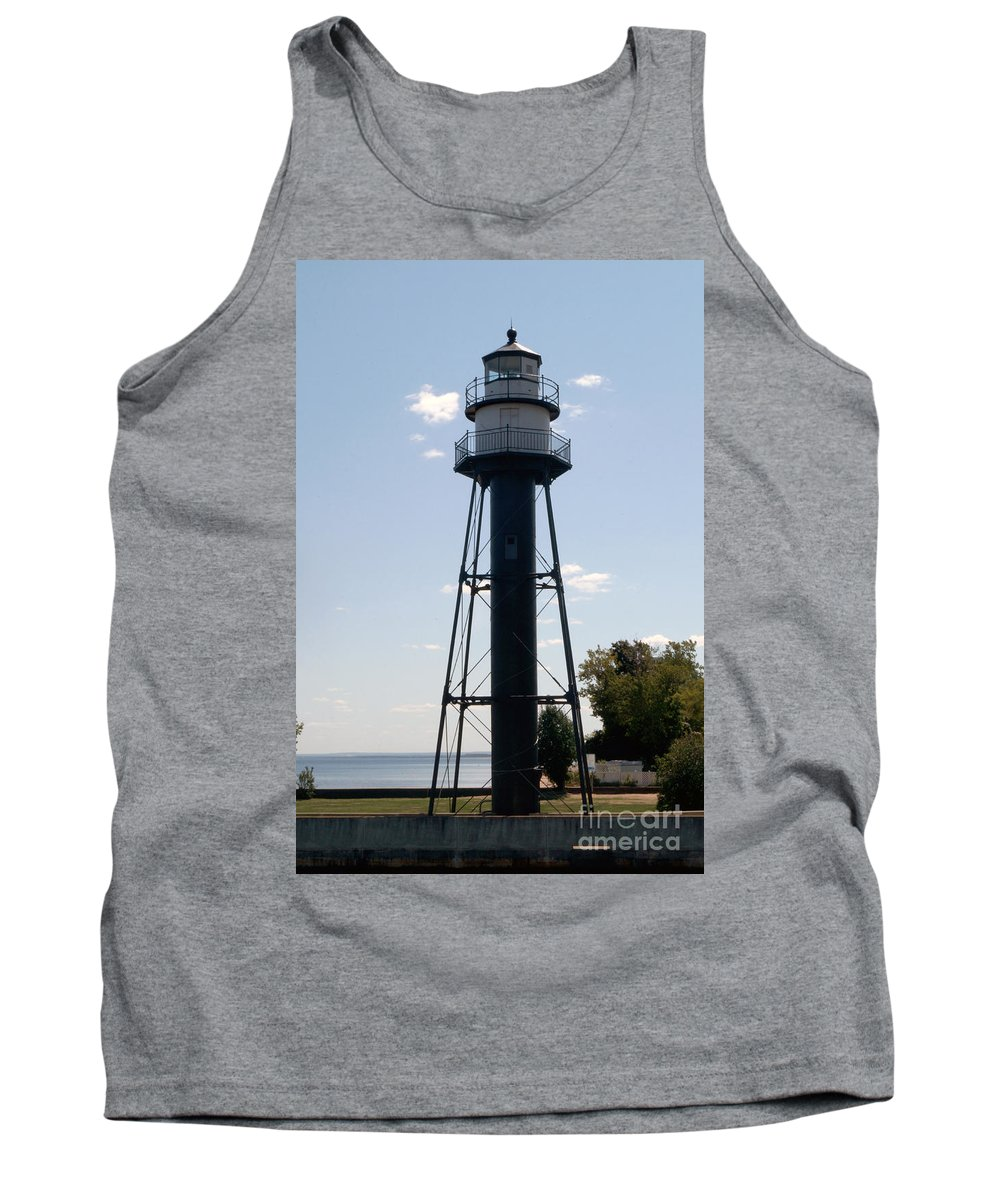 Lighthouses Tank Top featuring the photograph Duluth Mn Lighthouse by Lori Tordsen