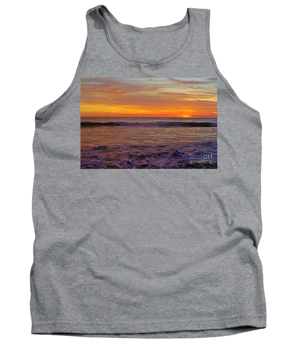 Mexico Tank Top featuring the photograph Beautiful Waves by Randy Harris