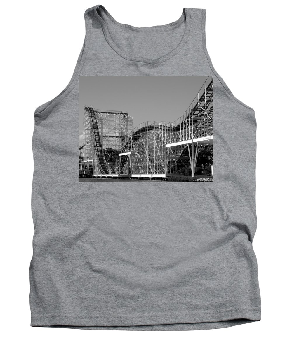 Double Dippin Tank Top featuring the photograph Double Dippin by Ed Smith