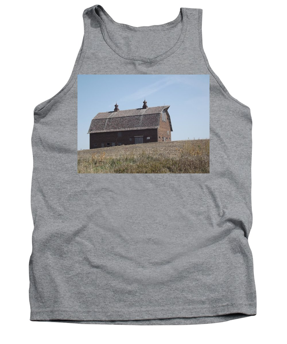 Barn Tank Top featuring the photograph One Barn Hill by Bonfire Photography