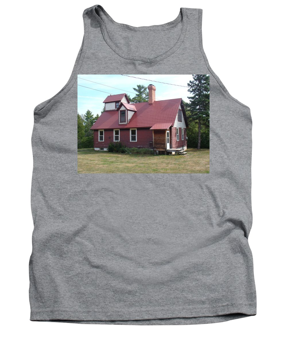 Lighthouse Tank Top featuring the photograph Range Light by Bonfire Photography