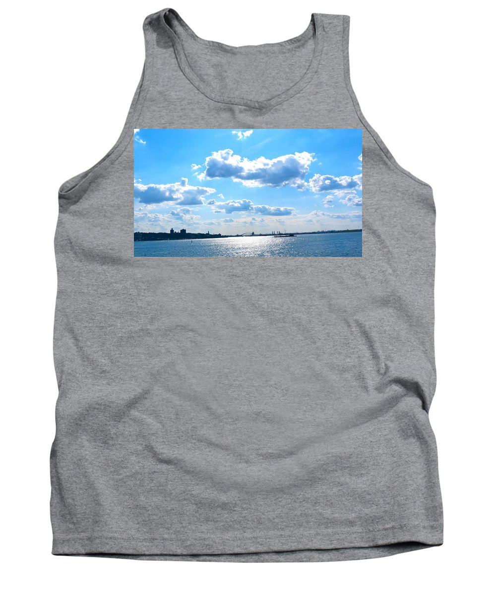 South Ferry Tank Top featuring the photograph South Ferry Water Ride19 by Terry Wallace