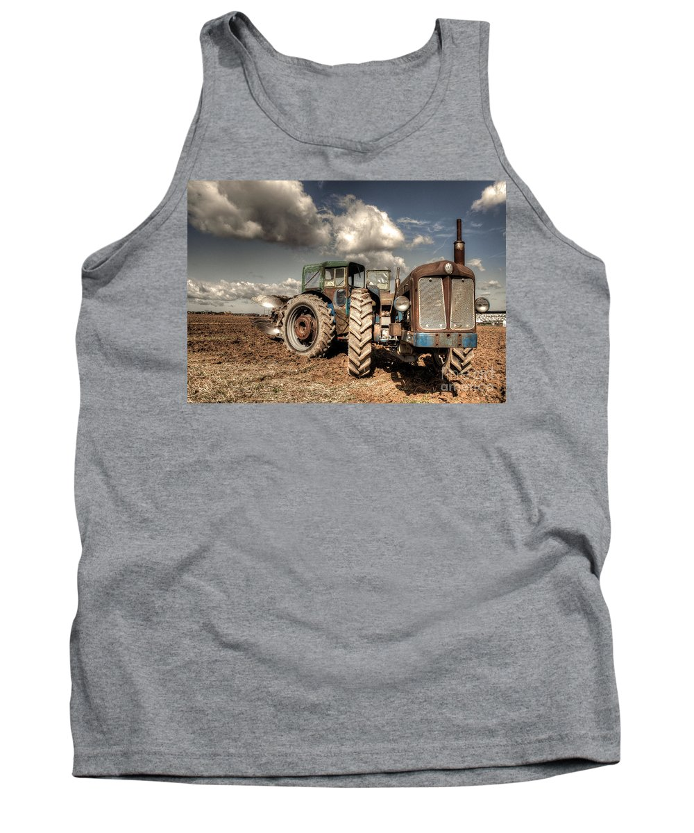 Super Tank Top featuring the photograph Super Doe by Rob Hawkins
