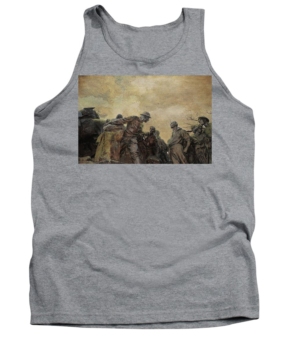 Bronze Sculpture By Gutzon Borglum Tank Top featuring the photograph Wars Of America by Paul Ward