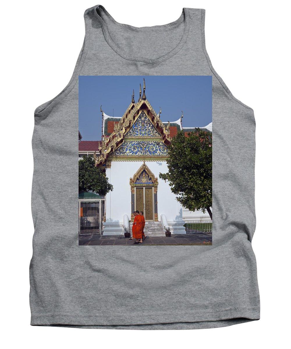 Bangkok Tank Top featuring the photograph Wat Benchamabophit Monks Residence Dthb187 by Gerry Gantt