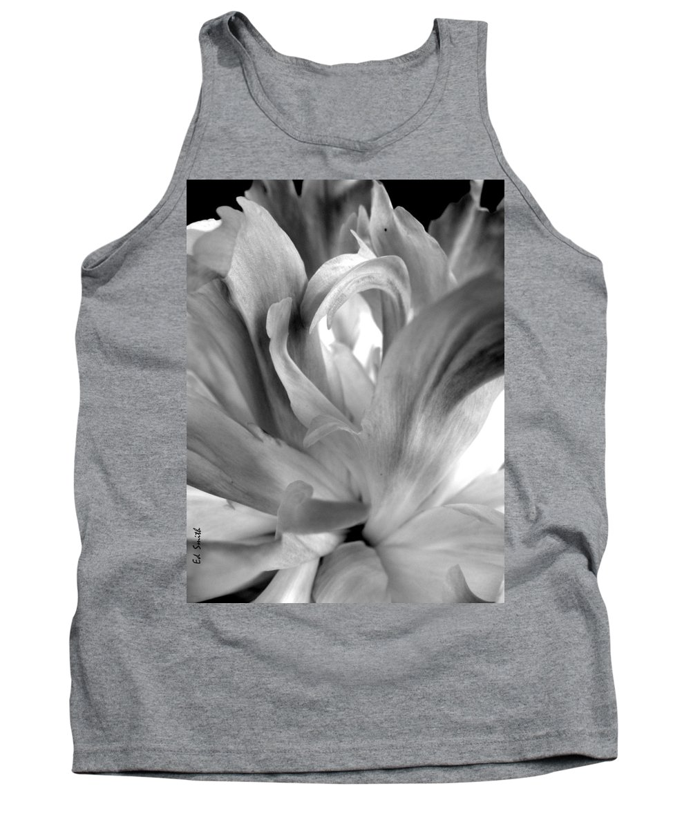 Peace Tank Top featuring the photograph Peace by Ed Smith