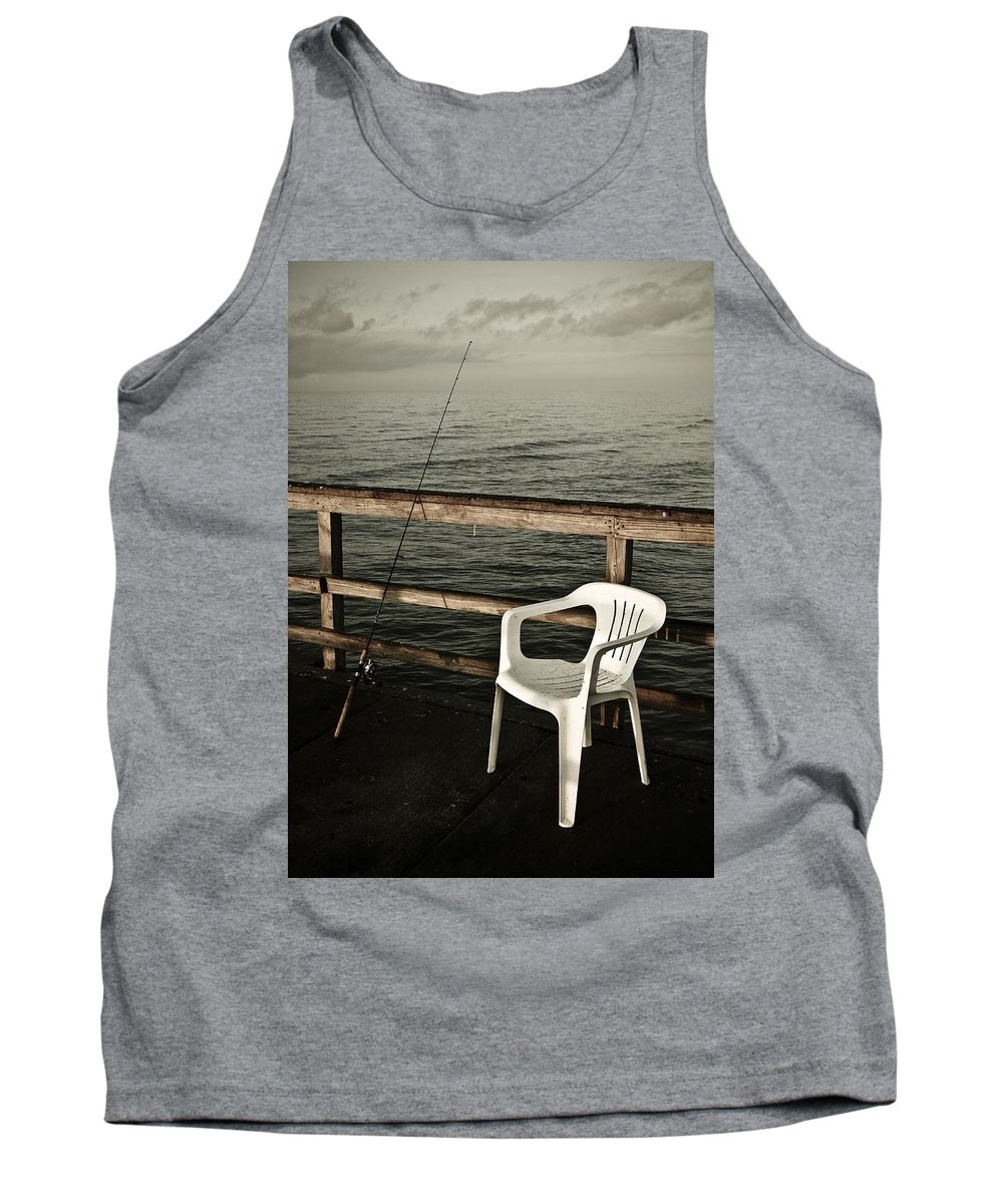 Fish Tank Top featuring the photograph Waiting by Marilyn Hunt