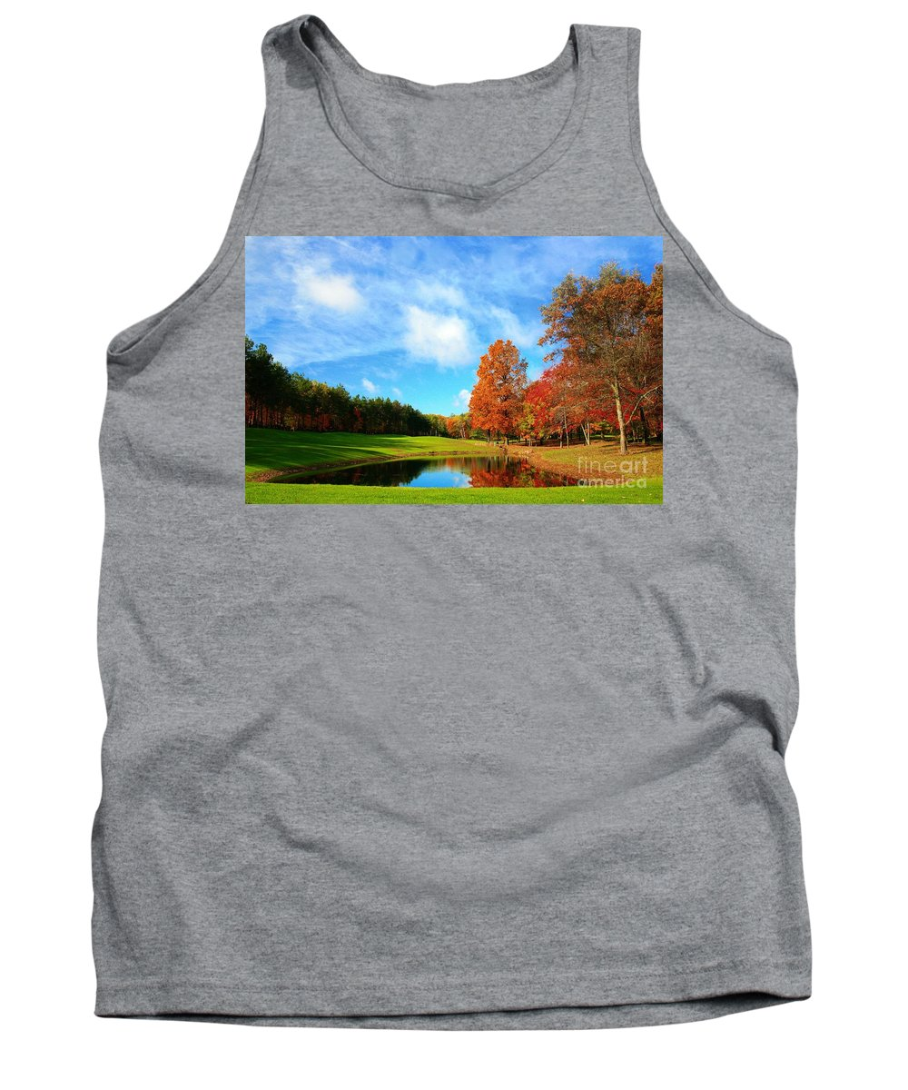 Golf Tank Top featuring the photograph 18th Hole Par3 by Robert Pearson