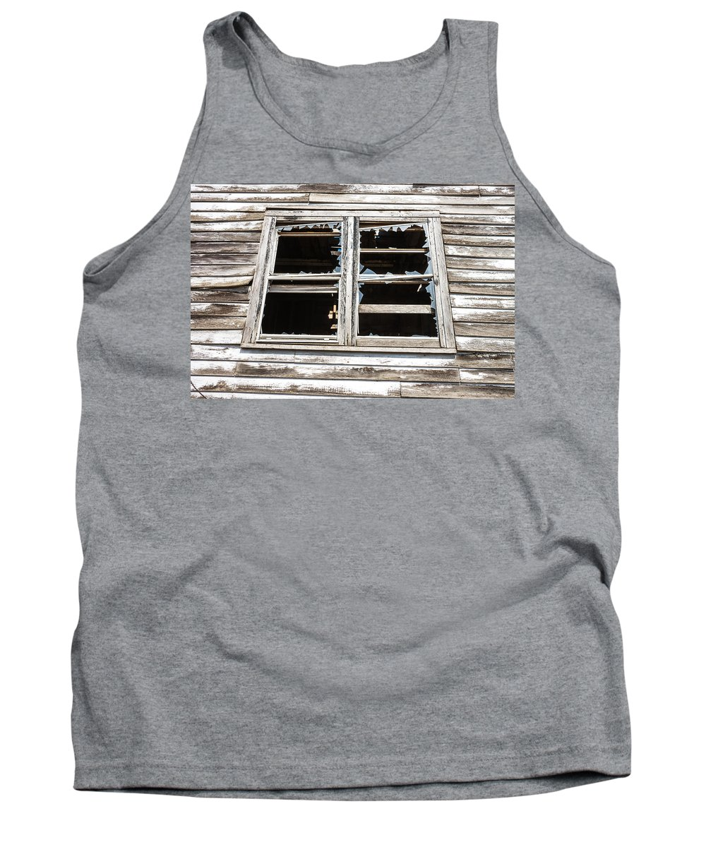 Window Tank Top featuring the photograph Vintage Grain Elevator by Donald Erickson