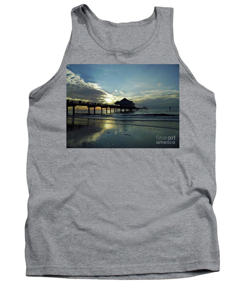 Sunset Tank Top featuring the photograph Blue Pier 60 Sunset by D Hackett