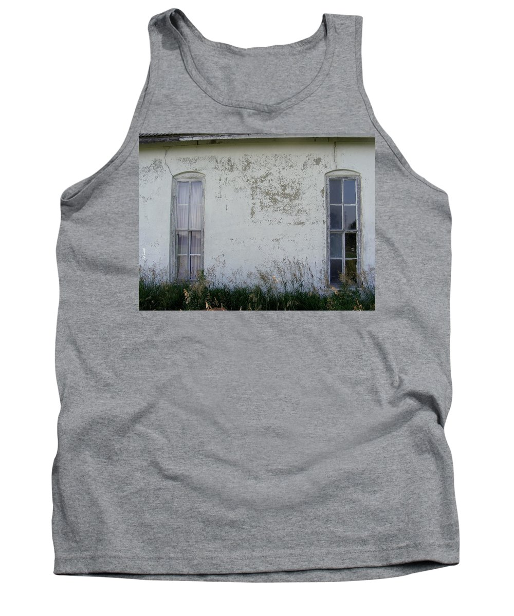 Double Vision Tank Top featuring the photograph Double Vision by Ed Smith