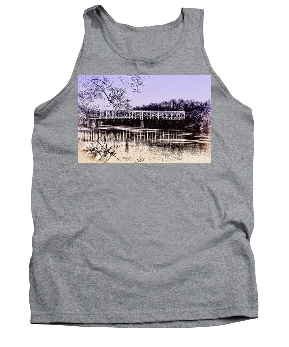 Philadelphia Tank Top featuring the photograph Falls Bridge by Bill Cannon