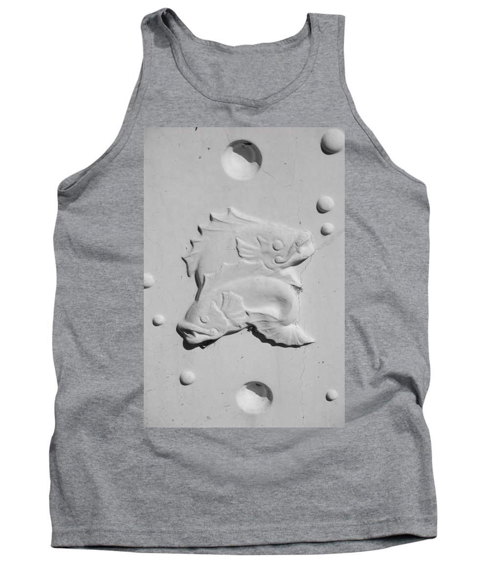 Black And White Tank Top featuring the photograph Fish And Bubbles by Rob Hans
