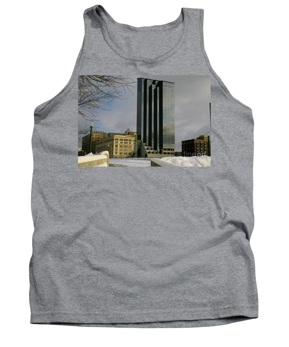 Land Scape Grand Hotel City Tank Top featuring the photograph Grand Rapids Mi-4 by Robert Pearson