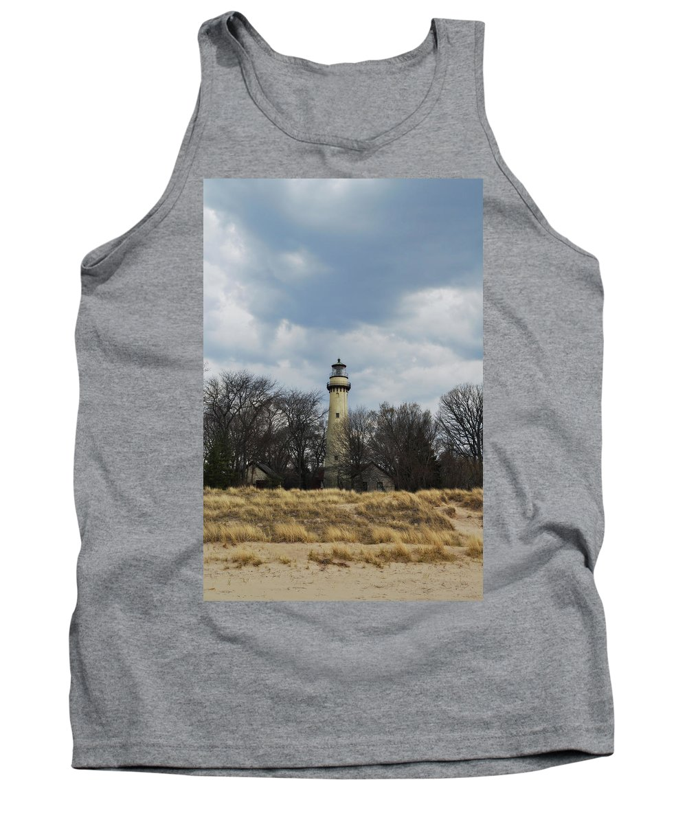 Grosse Point Lighthouse Tank Top featuring the photograph Grosse Point Lighthouse Portrait by Kyle Hanson