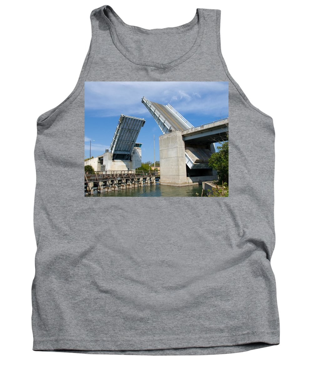 Haulover; Haul; Over; Canal; Waterway; Florida; Drawbridge; Draw; Bridge; Open; Swing; Scene; Scener Tank Top featuring the photograph Hauover Canal In Florida by Allan Hughes