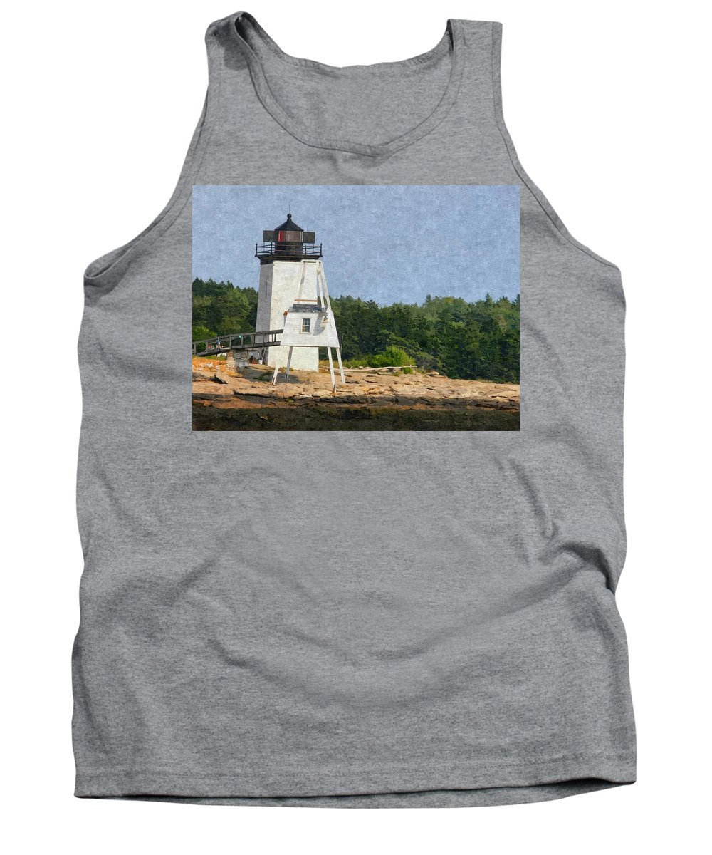 Hendrick Head Tank Top featuring the photograph Hendricks Head Lighthouse by Nancie DeMellia