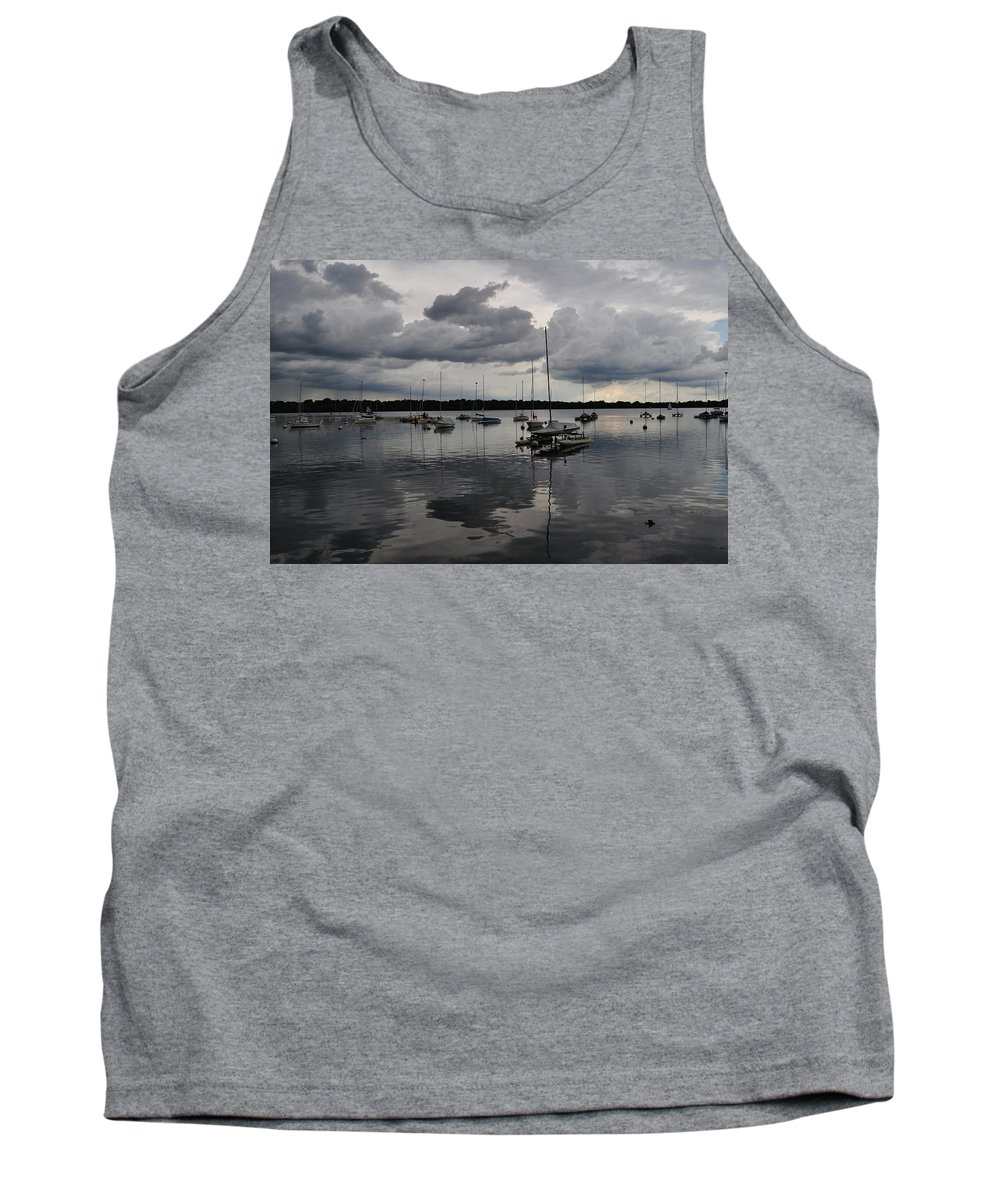 Lake Tank Top featuring the photograph Lake Harriet by Senthil Subramanian