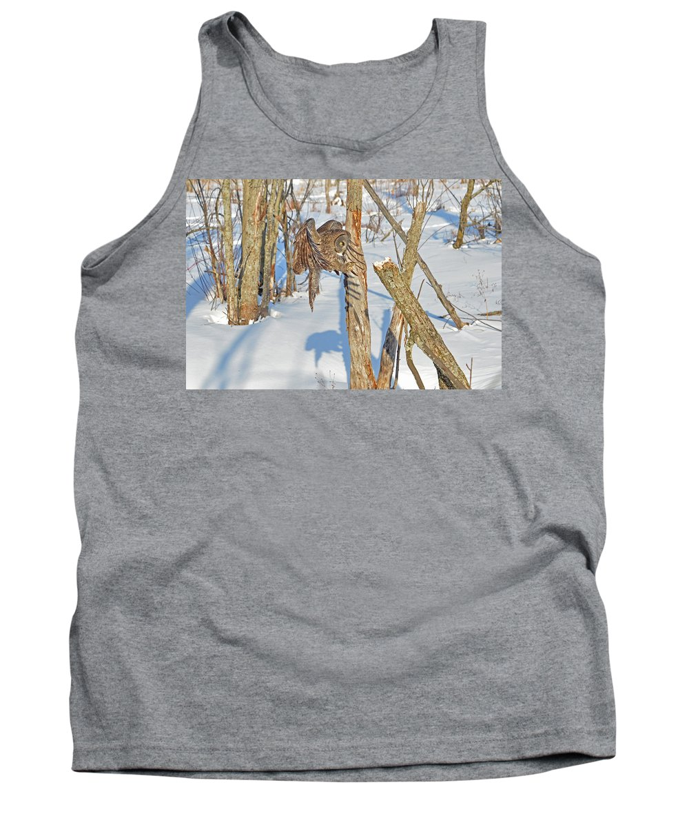 Great Gray Owl Tank Top featuring the photograph Landing Claws by Asbed Iskedjian