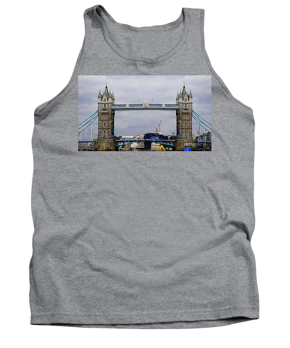 London Tank Top featuring the photograph London 5 by Ben Yassa