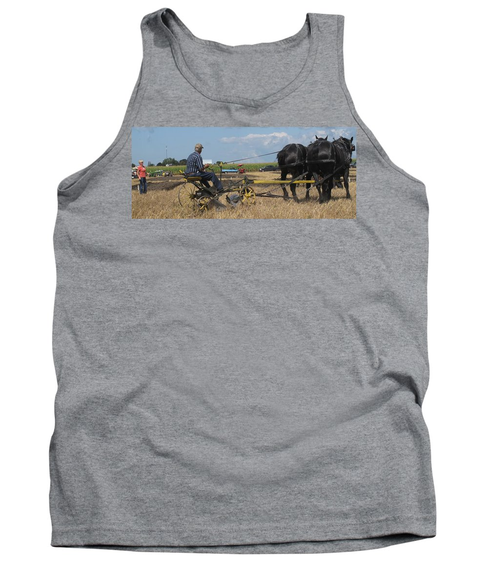 Horse Tank Top featuring the photograph Making The Clubhouse Turn by Ian MacDonald