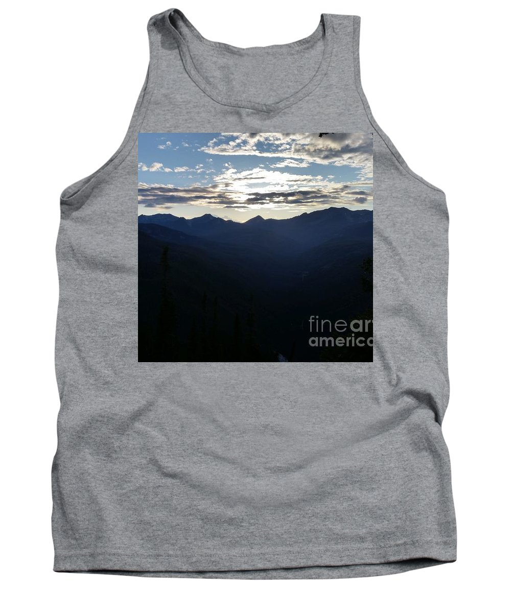 Landscape Tank Top featuring the photograph Montana Majesty by Fred Kamps