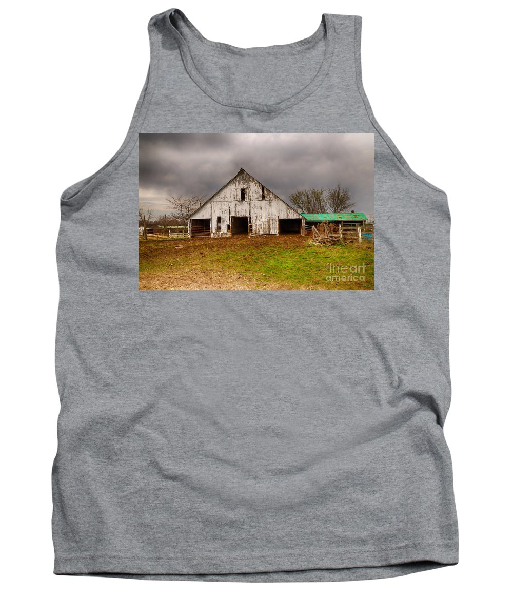 Farm Tank Top featuring the photograph Old Barn In The Storm by Terri Morris