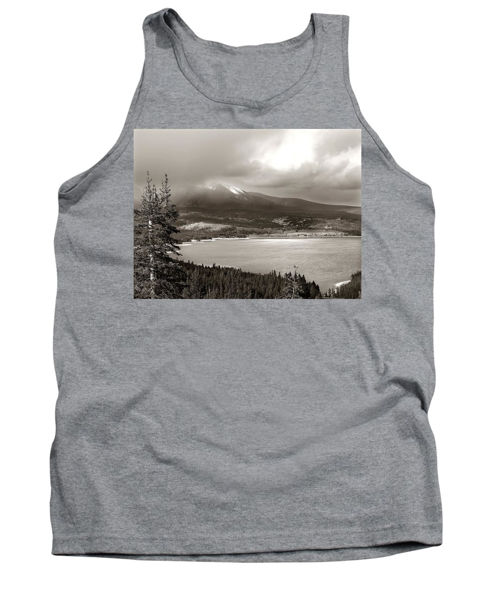 Snake Pass Tank Top featuring the photograph Snake Pass Colorado by Marilyn Hunt