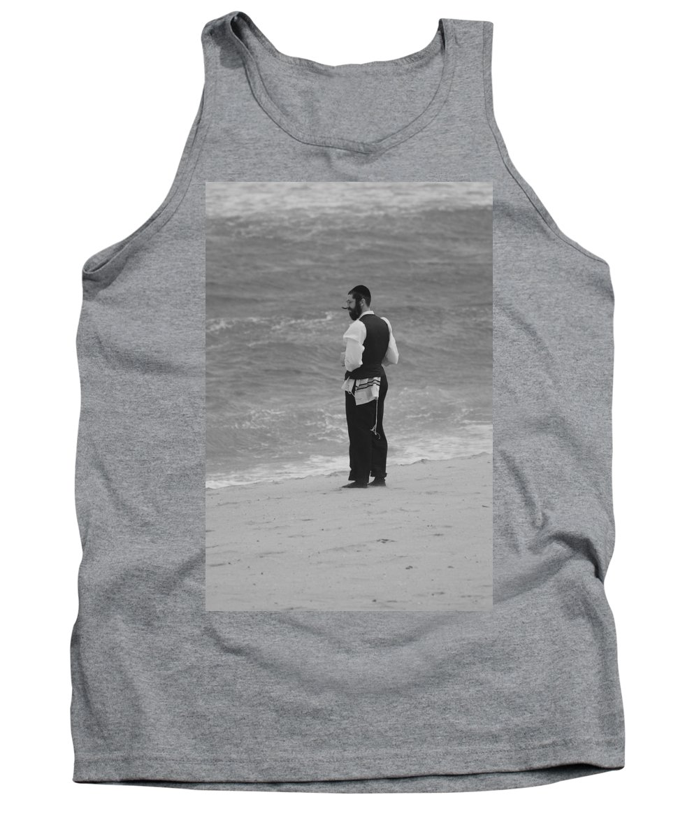 Black And White Tank Top featuring the photograph Solice by Rob Hans