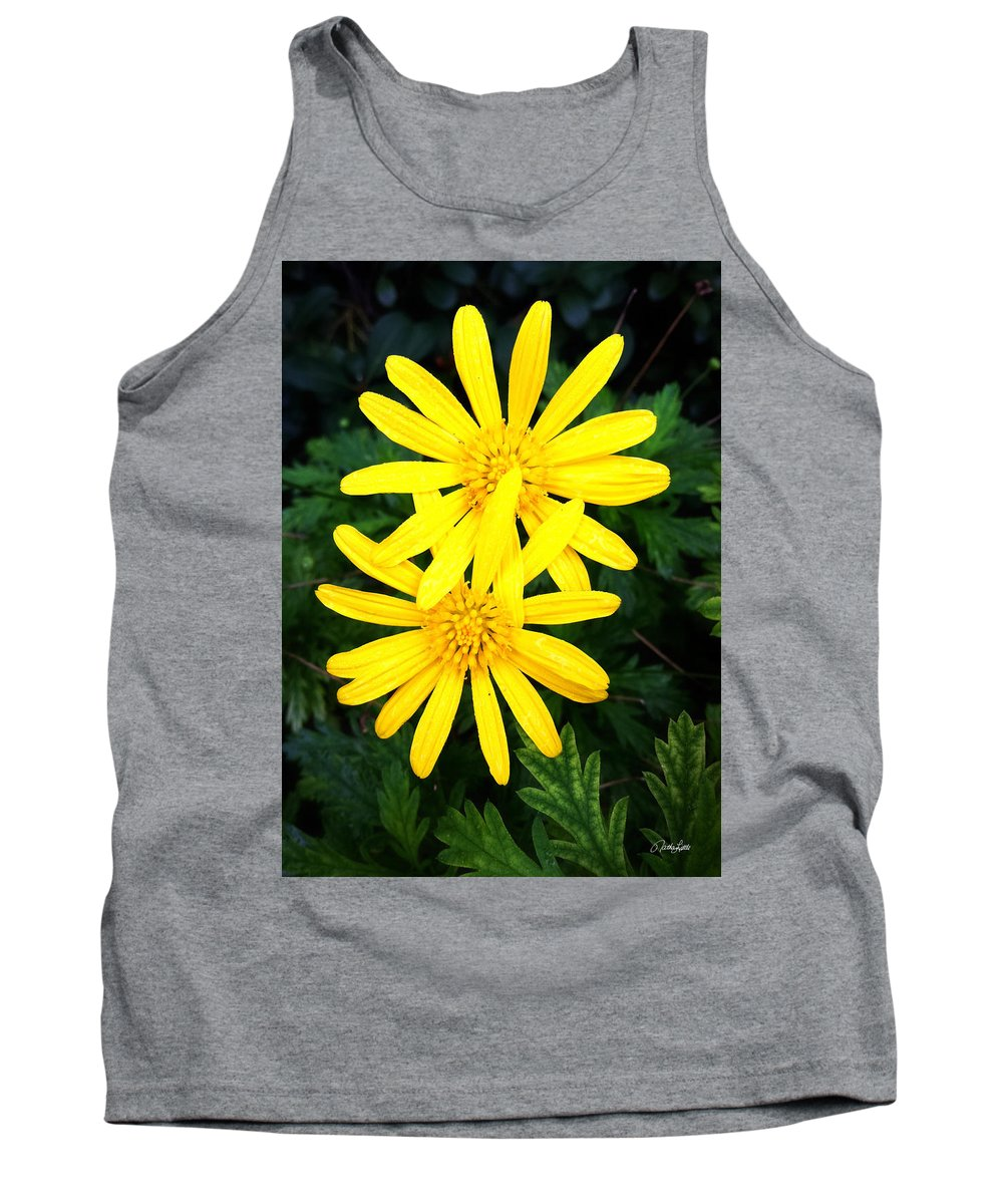 Macro Tank Top featuring the photograph Soul Mates by Nathan Little