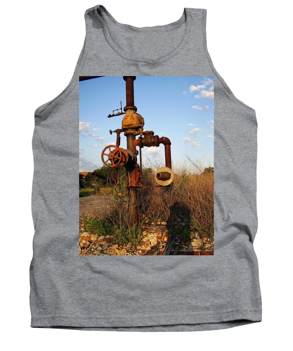 Pipes Tank Top featuring the photograph Still Here by Flavia Westerwelle