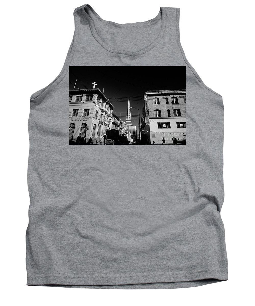Travel Tank Top featuring the photograph Street Scene With Transamerica Pyramid From Chinatown by Jim Corwin