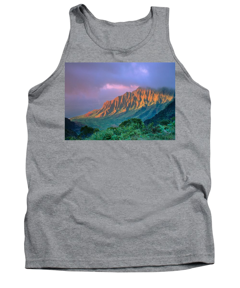 Aerial Tank Top featuring the photograph Sunset At Kalalau Lookout by Greg Vaughn - Printscapes