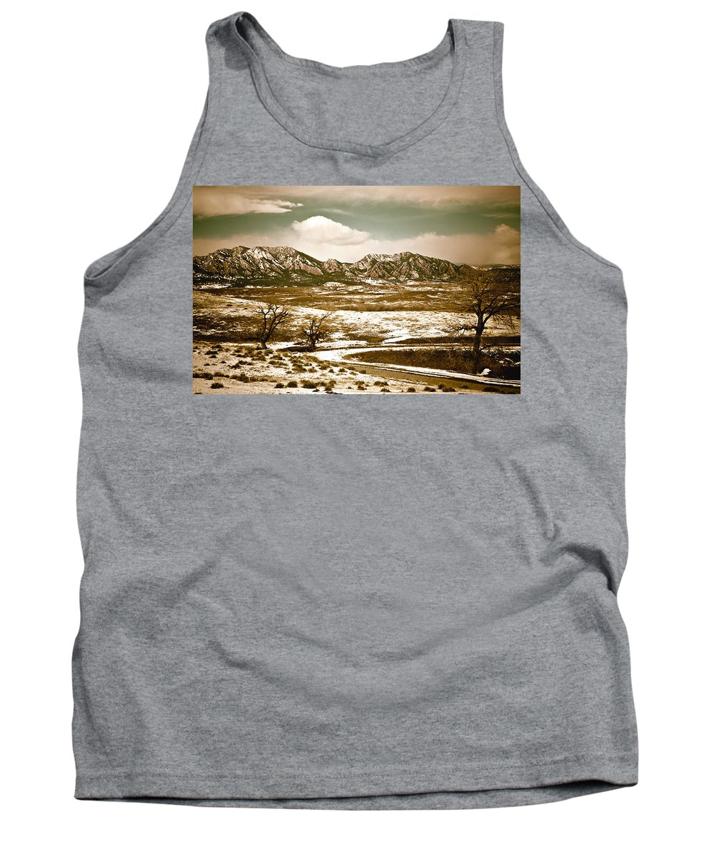 Landscape Tank Top featuring the photograph Flatironsview From Superior by Marilyn Hunt