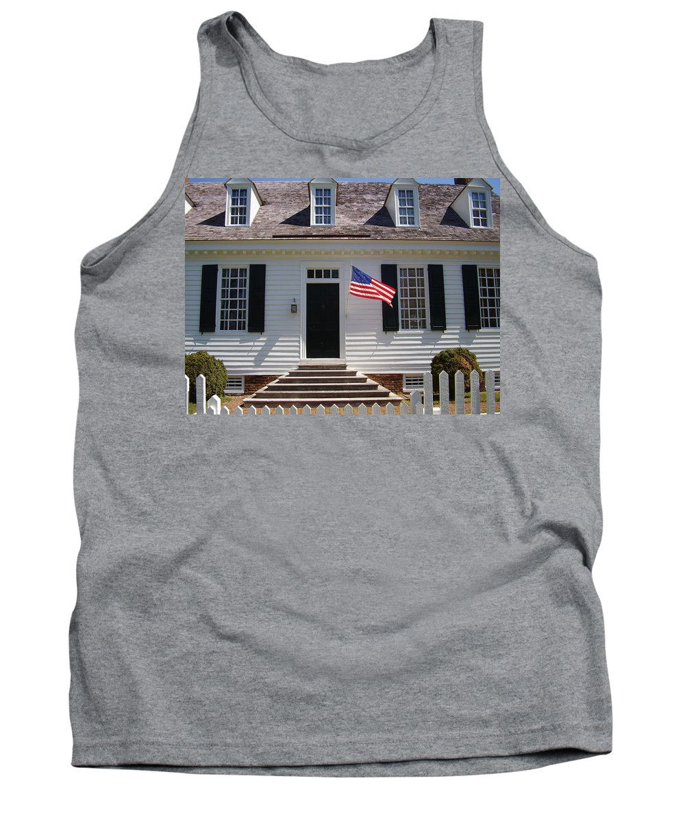 Yorktown Tank Top featuring the photograph Yorktown II by Flavia Westerwelle