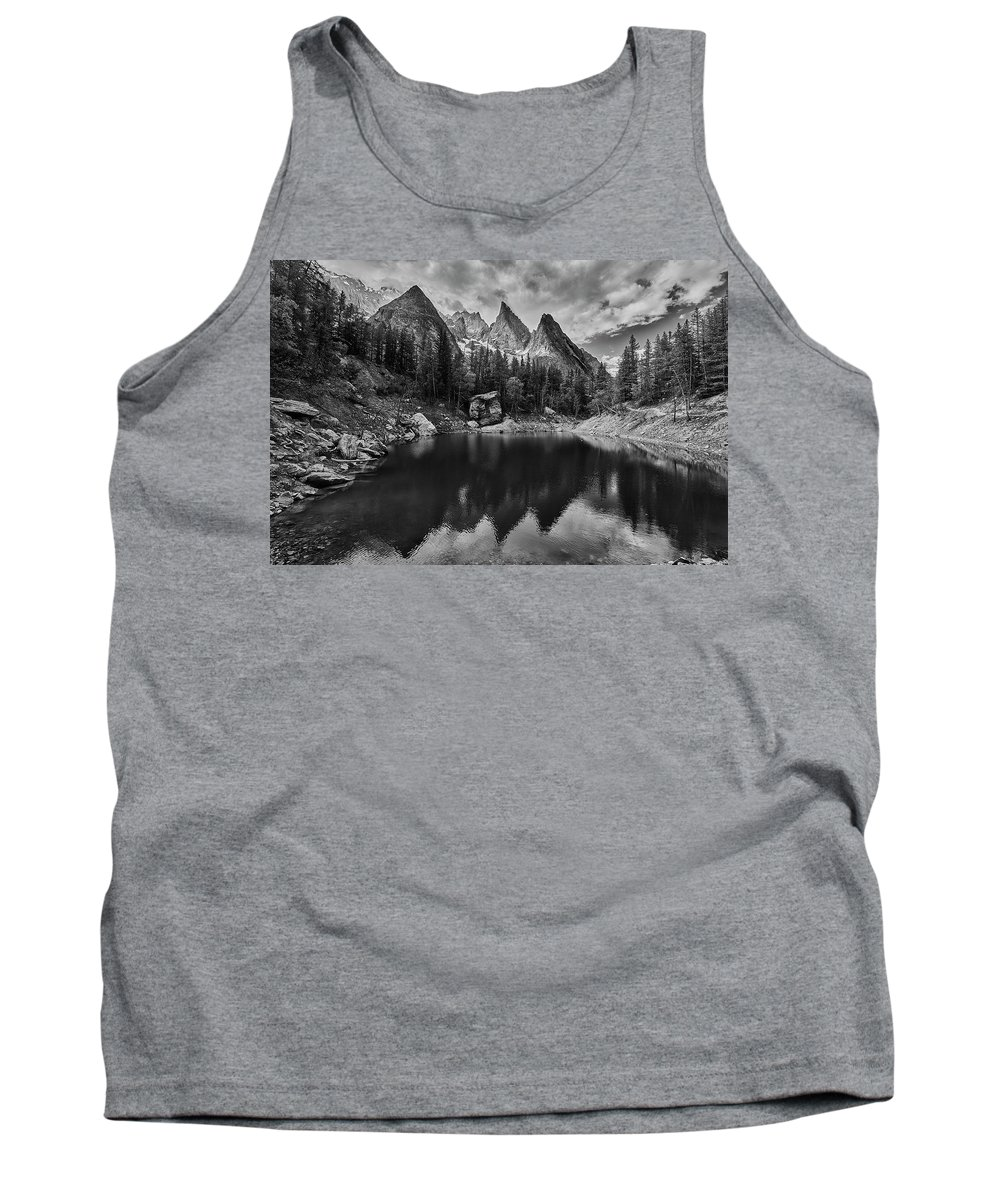 Lago Verde Tank Top featuring the photograph Lake In The Alps by Jon Glaser