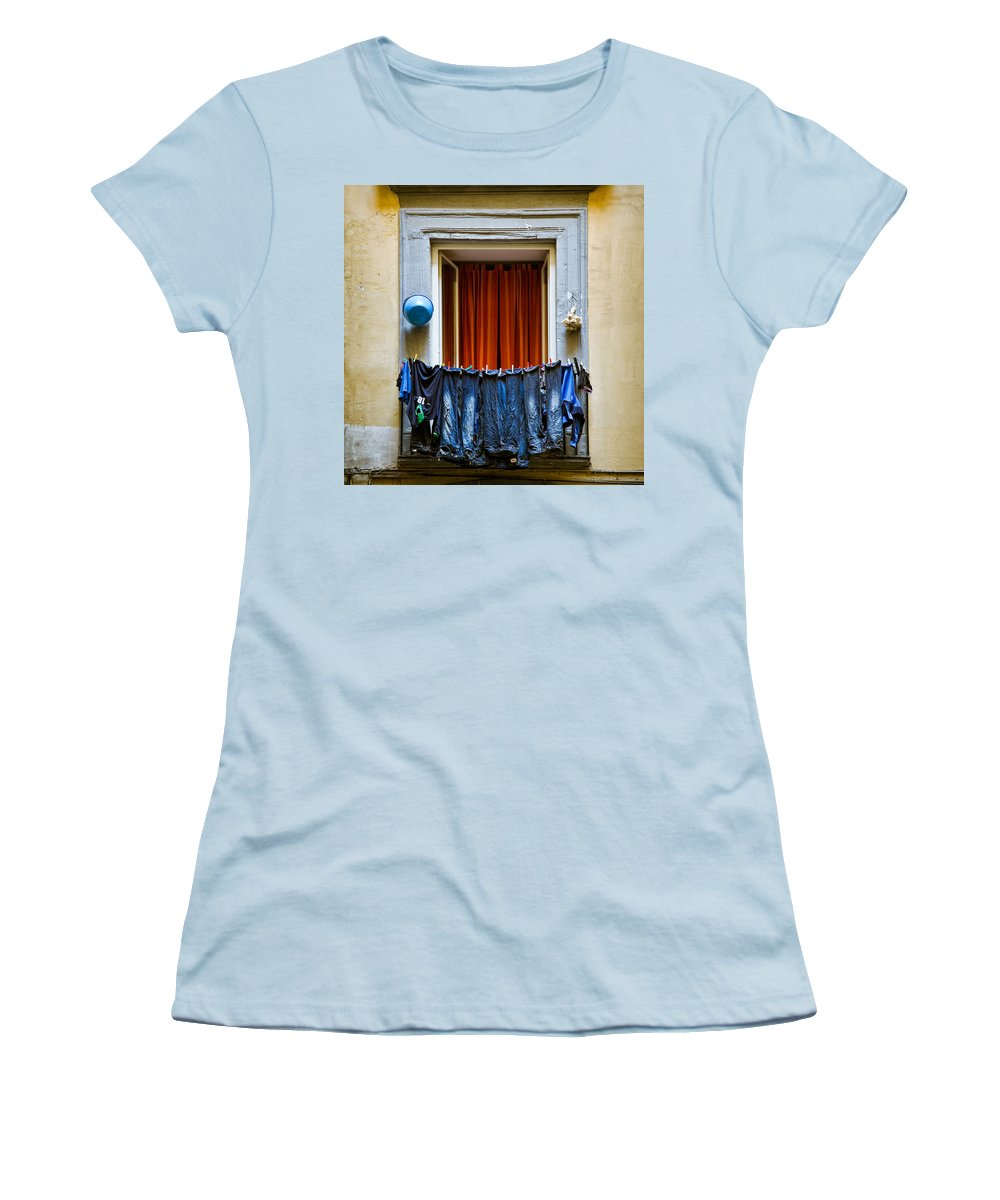 Clothes Women's T-Shirt (Athletic Fit) featuring the photograph Bucket - Garlic And Jeans by Dave Bowman