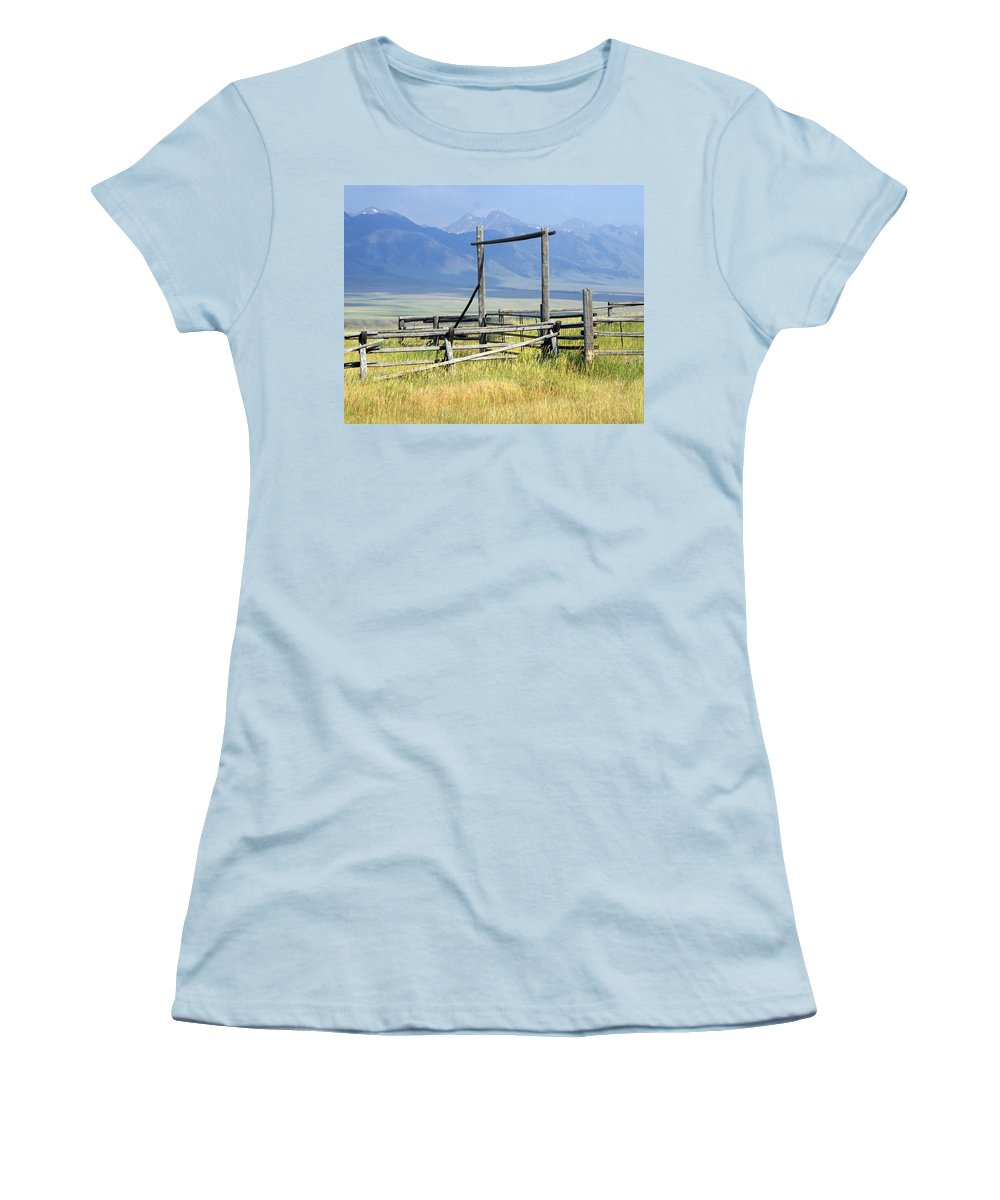 Mountains Women's T-Shirt (Athletic Fit) featuring the photograph Don't Fence Me In by Marty Koch