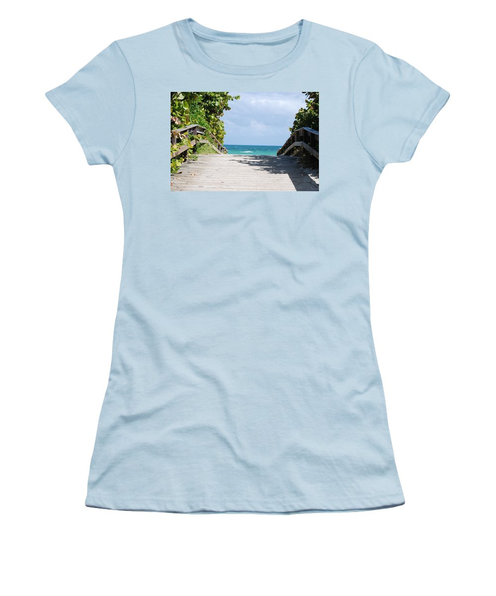 Sea Scape Women's T-Shirt (Athletic Fit) featuring the photograph Path To Paradise by Rob Hans