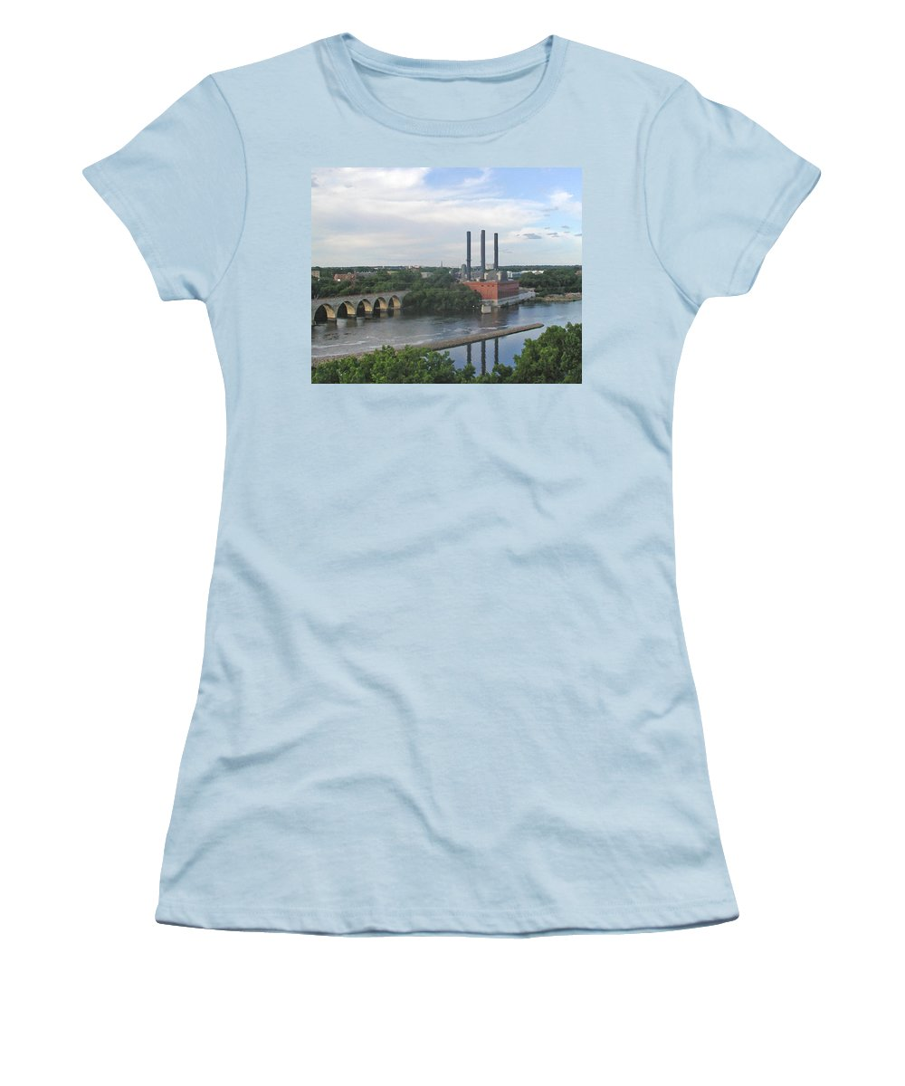 Minneapolis Women's T-Shirt (Athletic Fit) featuring the photograph Smokestacks On The Mississippi by Tom Reynen